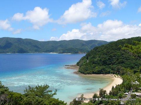 加計呂麻島の風景