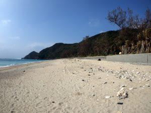 徳浜の砂浜