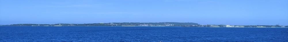 与論島を茶花沖から